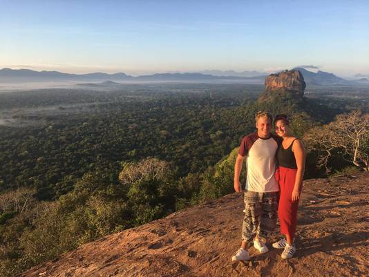 Karen Dieker en Sjors Hendriks op Sri Lanka