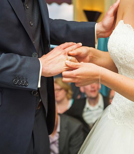 Heibel over huwelijksleges, fracties willen alsnog onderzoek kosten