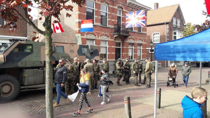 Vorig jaar waren militairen van het 41 Pantsergeniebataljon uit Oirschot in IJzendijke.