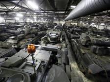 Oud legermaterieel massaal naar Almelo