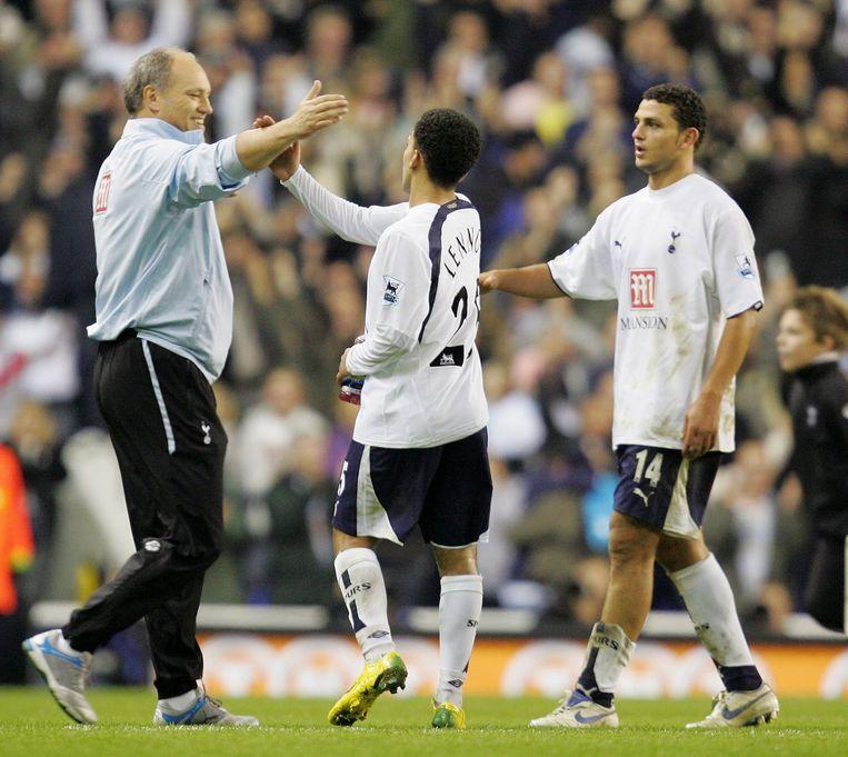 Martin Jol wordt bij zijn nieuwe club verenigd met Hossam Ghaly, die in zijn Tottenham-tijd ook voor hem speelde Beeld getty