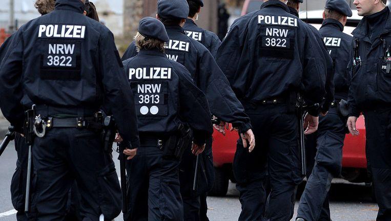 Beeld van de politieactie in Aken.