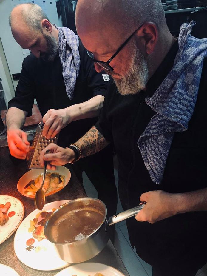 Michel Norga, chef du restaurant verviétois, en cuisine.
