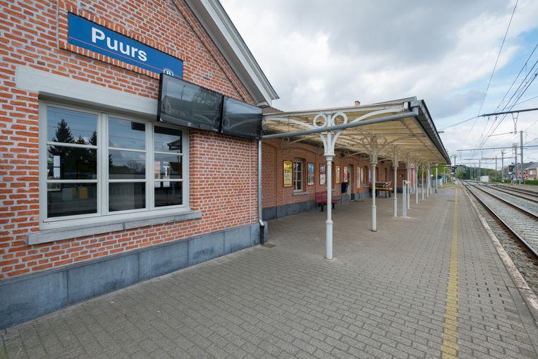 PUURS - treinstation van Puurs -