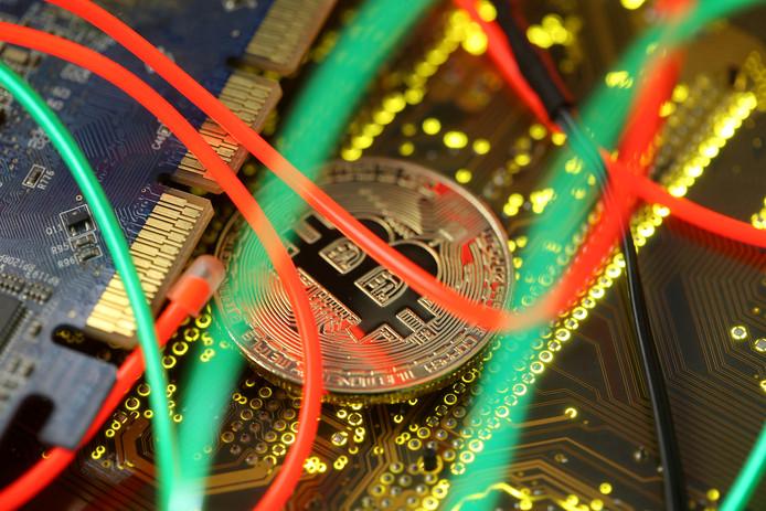 Het bedrijf Bestmixer.io knipte cryptovaluta in deeltjes en plakte die in een andere samenstelling in elkaar om de herkomst te verhullen.