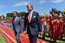 Koning Willem-Alexander met de Indonesische president Joko Widodo.