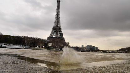 Waterpeil Seine blijft stijgen: Parijs bereidt zich voor op overstroming