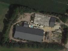Deel van varkensfokkerij in Vianen illegaal gesloopt, onduidelijk waar het asbest is