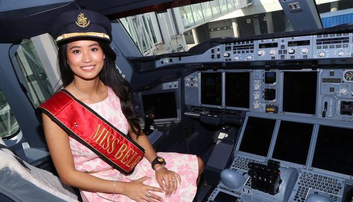 Miss Belgique Angeline Flor Pua, alors 23 ans et pilote de ligne juste diplômée. Mais ce diplôme et son ancien titre ne lui ont pas encore permis de trouver du travail