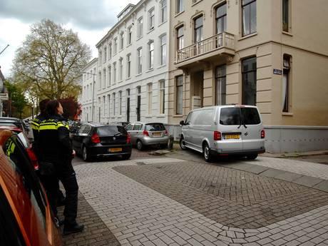 Vliegen op raam leiden naar dode in woning Spijkerkwartier Arnhem