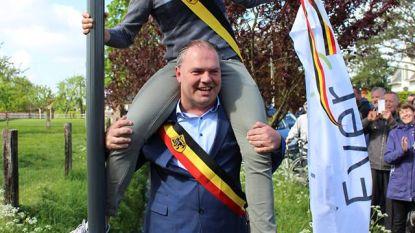 Schepen in de nek van burgemeester: zo openen jonge politici een buurtwegel