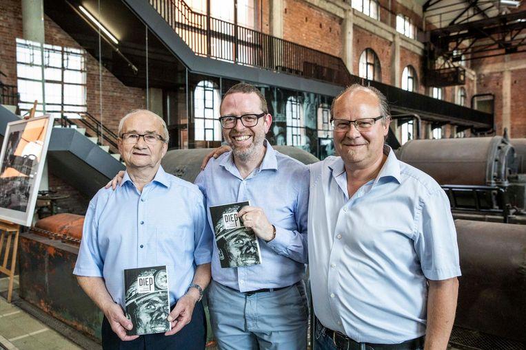 Ex-mijnwerker Moske Mantels, schrijver Johan Veldeman en Paul Boutsen.