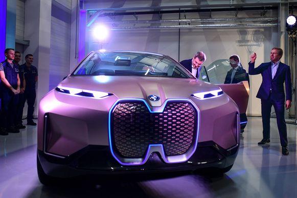 De fabriek in Dingolfing moet de volledig elektrisch aangedreven SUV iNext gaan bouwen.