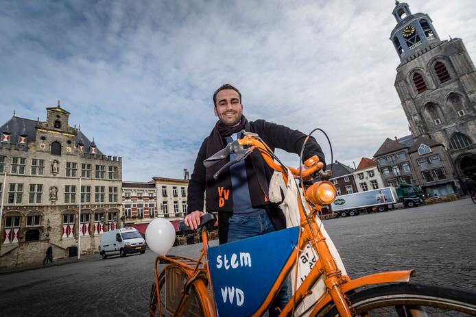 Dominique Hopmans, 21, wil Bergse gemeenteraad in