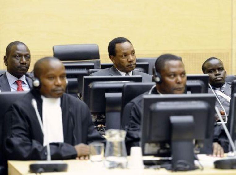 Drie Keniaanse verdachten, Samoei Ruto (L), Henry Kiprono (M) en Joshua Arap Sang (R), staan donderdag terecht bij het Internationaal Strafhof. ANP Beeld
