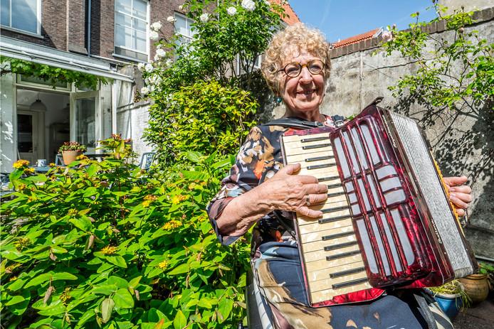 Janny van der Jagt is gestopt met haar bestuurlijke activiteiten. Dat betekent meer tijd voor haar andere grote hobby: muziek.