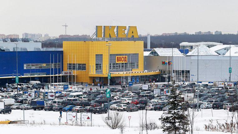 Een Ikea-vestiging in Moskou. Ikea schrapte in 2013 in de Russische uitgave van het eigen blad een artikel over een lesbisch stel met een kind, vanwege de Russische anti-homowet. Beeld epa