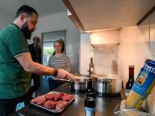Televisiekok leert Ermelo koken op inductie voor aardgasvrije wijk