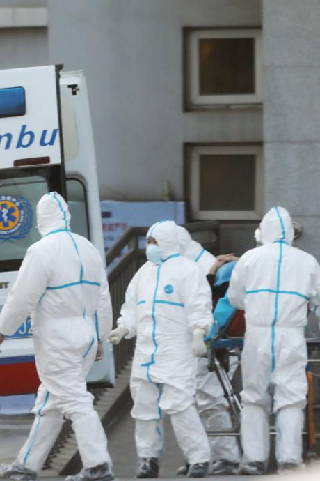 Virus respiratoire: un homme infecté en Australie, un quatrième mort en Chine