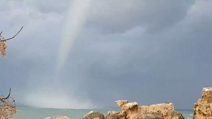 VIDEO. Indrukwekkende waterhoos gespot voor kust van Cyprus