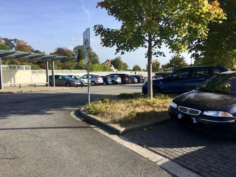 Volgens Pro Zaventem parkeren vakantiegangers hun wagen steeds vaker aan het station van Nossegem om vervolgens met de trein naar Brussels Airport te gaan.