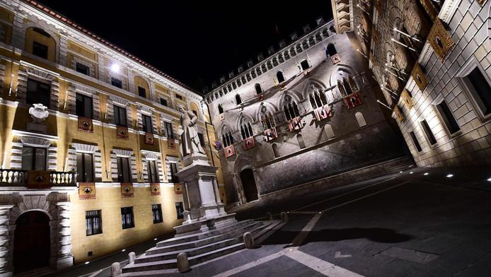 Hoofdkantoor van de Italiaanse bank Monte dei Paschi di Siena