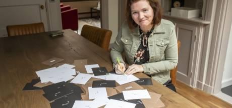 Een handgeschreven opbeurende groet uit Borne
