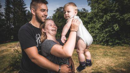 """Tienerpapa Nathan vecht voor zijn gezin: """"Geen idee of dit lukt. Maar ik zal álles proberen"""""""