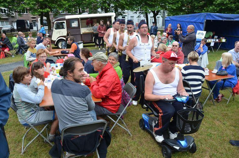 Feest op de Dries van Sinaai. In september wil het dorp uitpakken met één groot evenement.