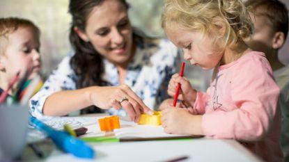 Eén op de vijf gezinnen krijgt vanaf morgen sociale toeslag bij vernieuwde kinderbijslag
