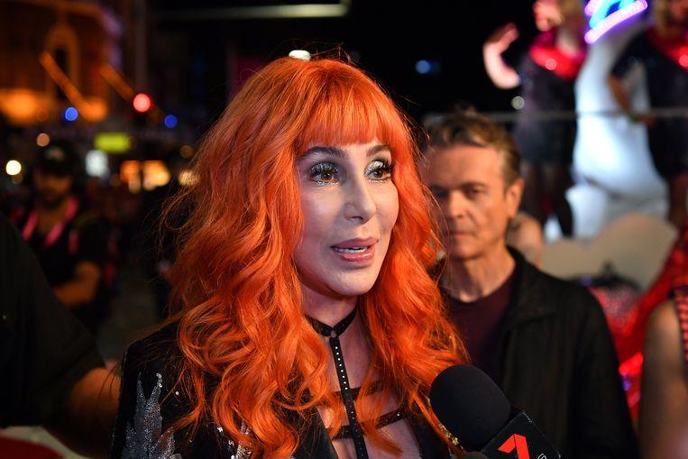 Cher brengt nieuwe muziek uit.