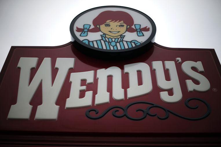 Het ongeluk gebeurde zondagmiddag bij een filiaal van hamburgerketen Wendy's in de staat North Carolina.