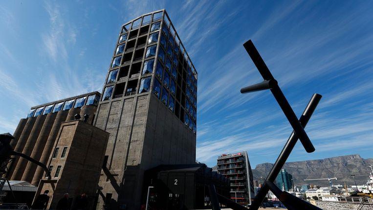 Zeitz Museum of Contemporary Art Africa in Kaapstad. Het gebouw en de verbouwing kostten 32 miljoen euro. Beeld EPA
