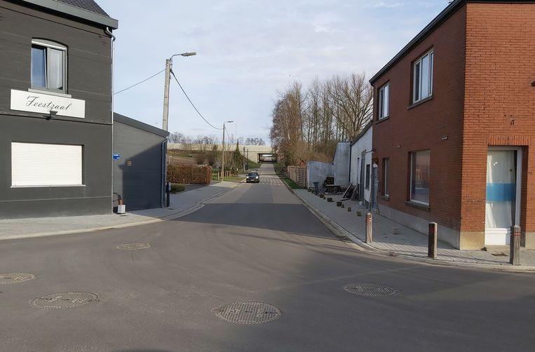 Van aan feestzaal de 'Waterval' tot aan de brug van de E40 komen fietspaden op grondgebied Hoegaarden