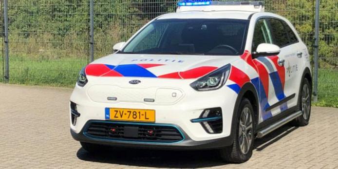De elektrische surveilancewagen voor de politie