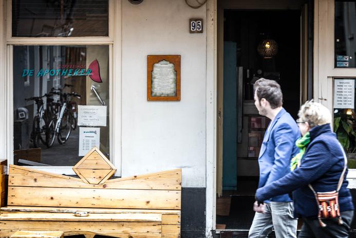 Coffeeshop De Apotheker in Eindhoven moet een tijd dicht.