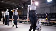 Studenten Mode stellen afstudeercollecties voor