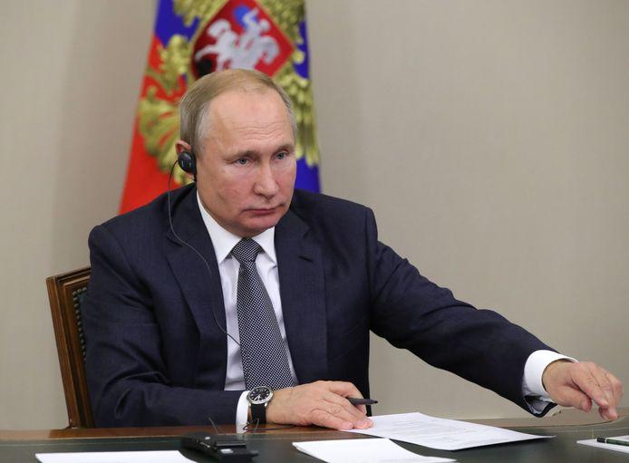De Russische president Poetin woonde de opening via een videoconferentie bij, net als zijn collega Xi Jinping.