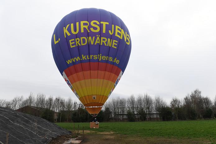 Leon Kurstjens met zijn ballon in Haps.