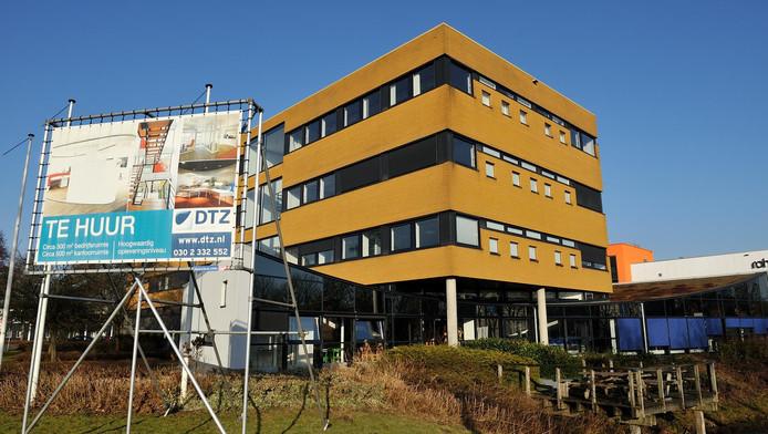 Op De Hoef-West staan veel bedrijven leeg, en dus kunnen er woningen in.