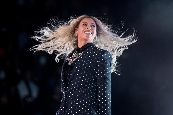 Archieffoto van Beyoncé. Volgens Thomas Verbogt zou het een goed idee zijn om in de Verenigde Staten een beroemdheid te strikken 'die in een televisieprogramma drop eet. Beyoncé, zo iemand.'