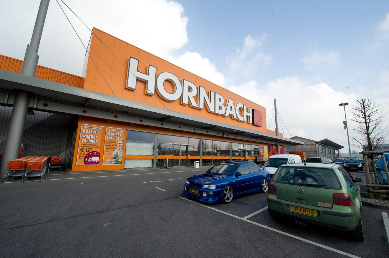 Hornbach heeft al diverse vestigingen in Nederland, zoals deze in Breda.