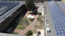 Onder meer op de twee productiehallen van gebouw TQ op Strijp-T in Eindhoven liggen al zonnepanelen.