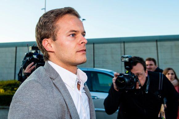Bart Vertenten bij zijn vrijlating uit de gevangenis van Hasselt.
