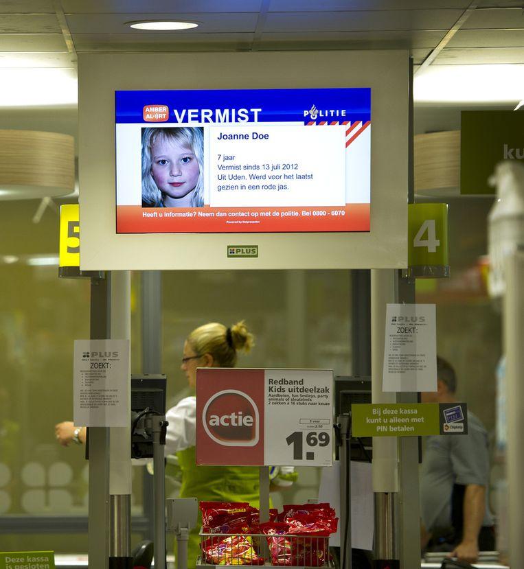 Een voorbeeld van een Amber Alert billboard in een supermarkt. Foto: ANP Beeld
