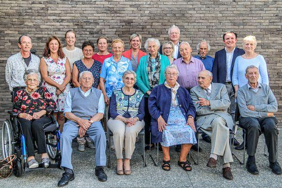De overlevenden van de bommenregen rond het Bomkapelletje kwamen 75 jaar na datum bijeen.