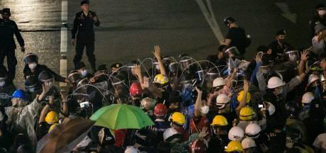Thaise betogers stellen premier voor ultimatum