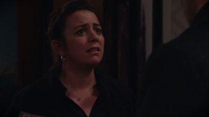 Heeft Benny in 'Familie' meer gevoelens voor Liesbeth dan voor Robyn?