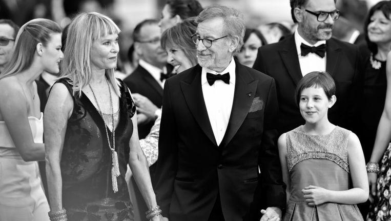 Kate Capshaw, Steven Spielberg en Ruby Barnhill op de première van The BFG, the Big Friendly Giant. Beeld getty