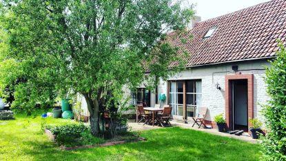 Romina uit 'Boer zkt. vrouw' verkoopt boerderij voor 359.000 euro